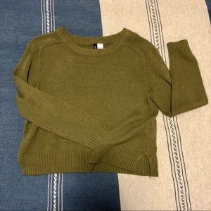 H&M Olive Green Slightly Cropped Sweater